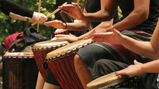 group-drumming-better-than-prozac-study-suggests